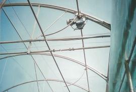 圆拱顶顶部电动天窗